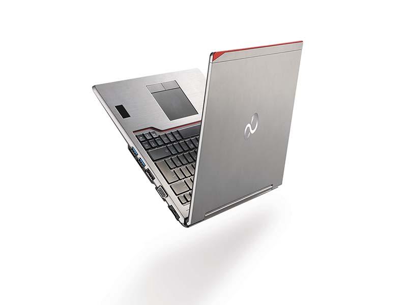 Ноутбук Fujitsu LIFEBOOK U745
